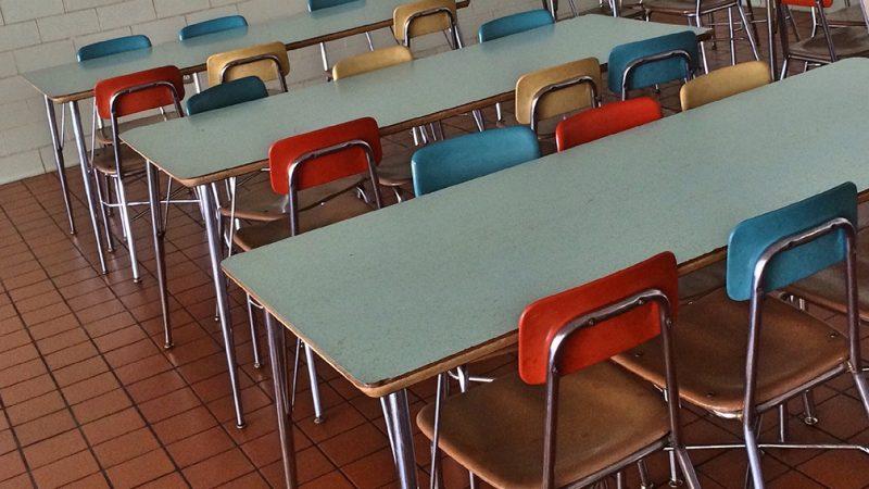 El desabastecimiento de alimentos en las cafeterías de escuelas de South Bend se debe a cambio de proveedor