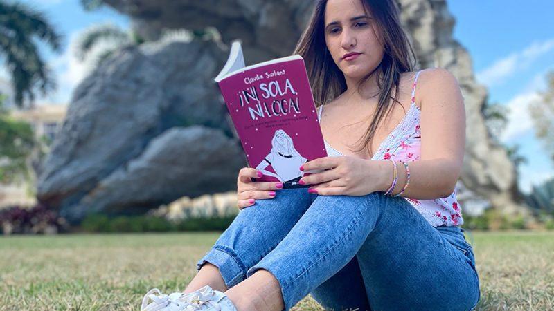 """La Psicóloga Claudia Siciliano presenta su primer libro """"Ni sola, ni loca"""" en defensa de la felicidad"""